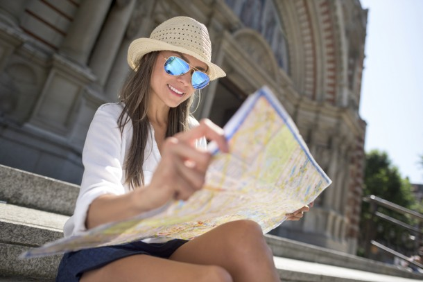 A few simple tips can help keep protect your skin's healthy glow while traveling.